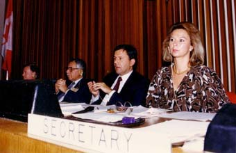 Left to right) Peter Usher (Science Adviser UNEP); Dr. Mustafa Tolba (Executive Director UNEP); Ambassador Winfred Lang (Conference Chairman); Iwona Rummel-Bulska (UNEP Secretariat).